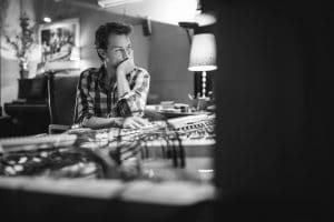 Un photographe reportage Lyon professionnel qui réalise des photos corporate entreprise et portraits en Rhône Alpes et partout en france.